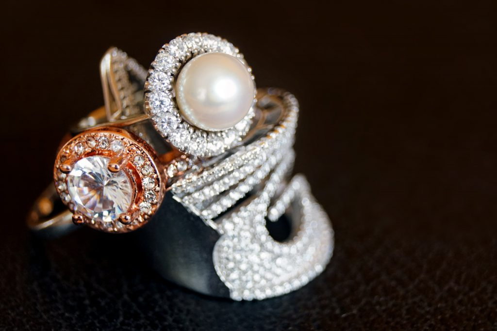 Libutti Diamond Jewelers Cleans Rings, Necklaces, Bracelets & All Fine Jewelry Free of Charge - Complimentary Jewelry Cleaning in Huntington NY